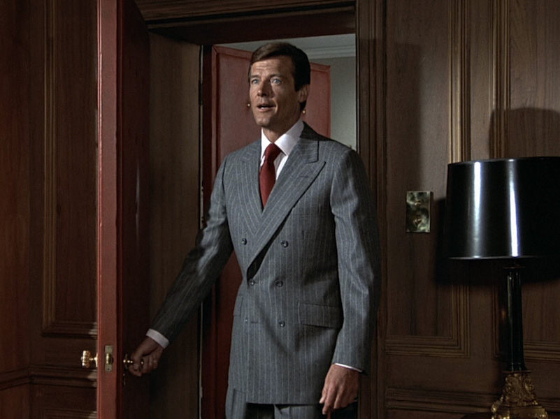 Top 10 James Bond, Roger Moore