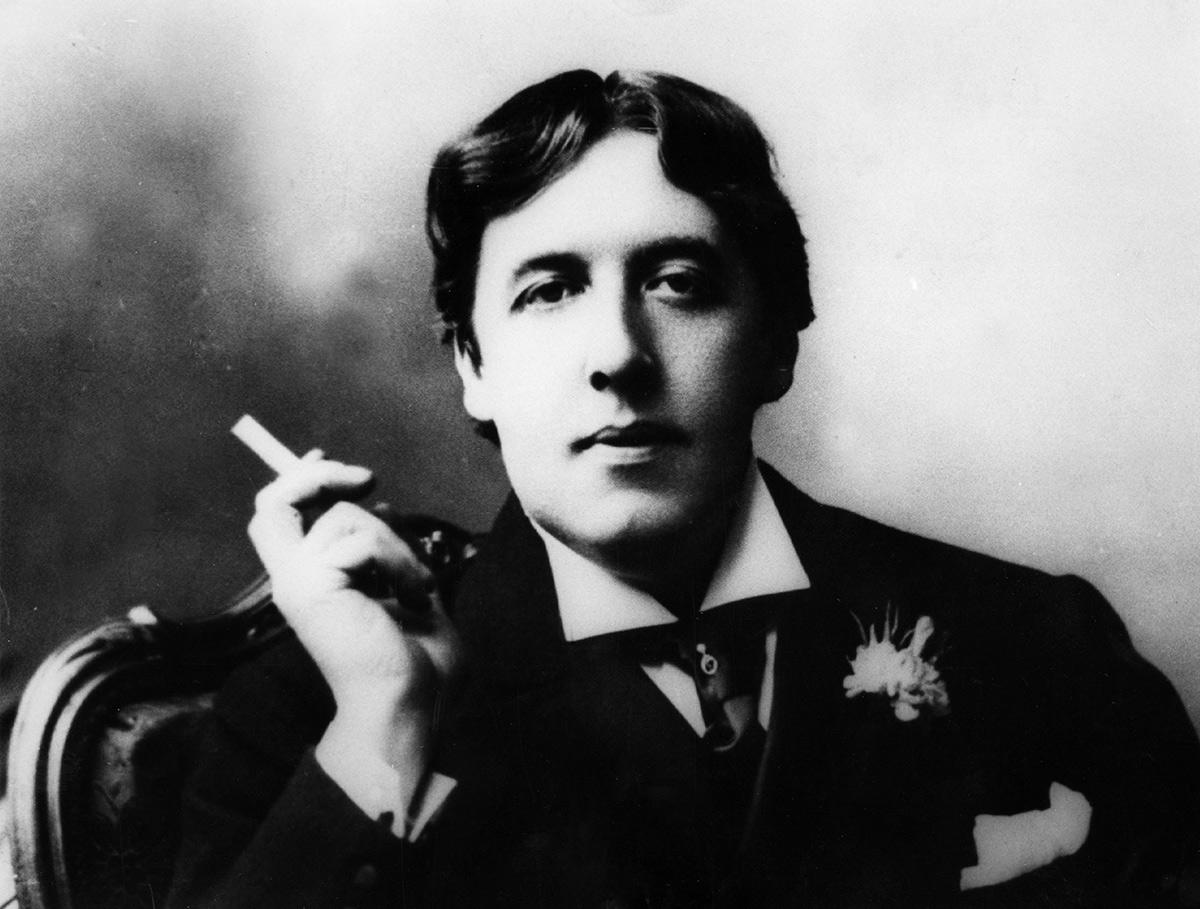 Oscar Wilde and the Joys of Smoking   The Rake